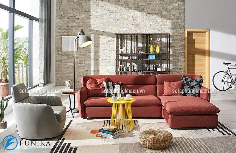 Bày trí sofa đối diện với trung tâm phòng khách tạo nên sự thuận lợi